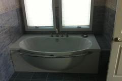 oval-tub